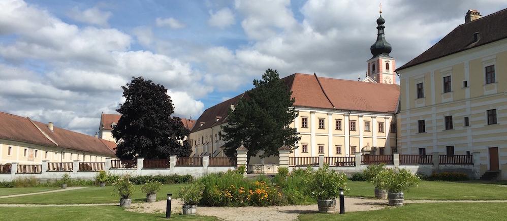 Aussenaufnahme Stift und Naturpark Geras