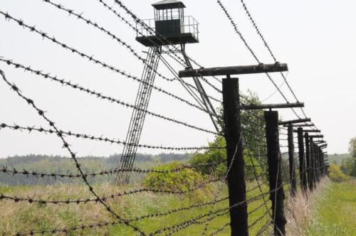 Reste des Eisernen Vorhanges bei Cizov