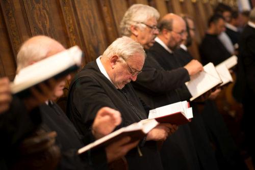 Chorgebet im Stift Göttweig